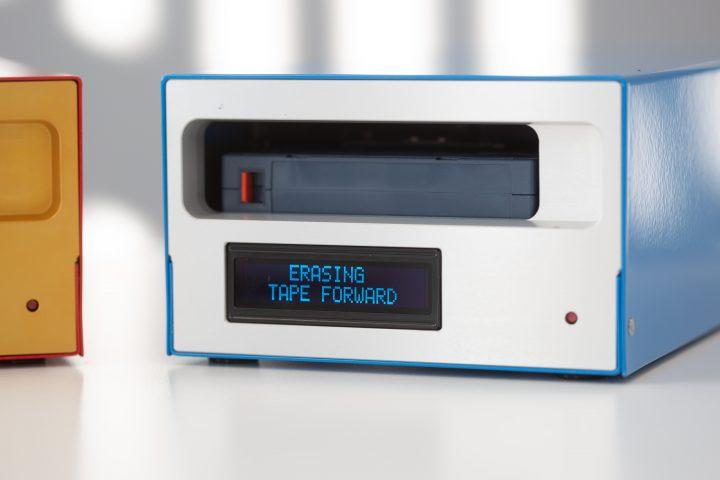 KIT Machine reading 'erasing tape forward'